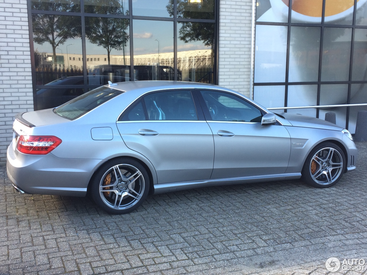 Mercedes benz e 63 amg w212 v8 biturbo 4 october 2016 for Mercedes benz amg v8 biturbo