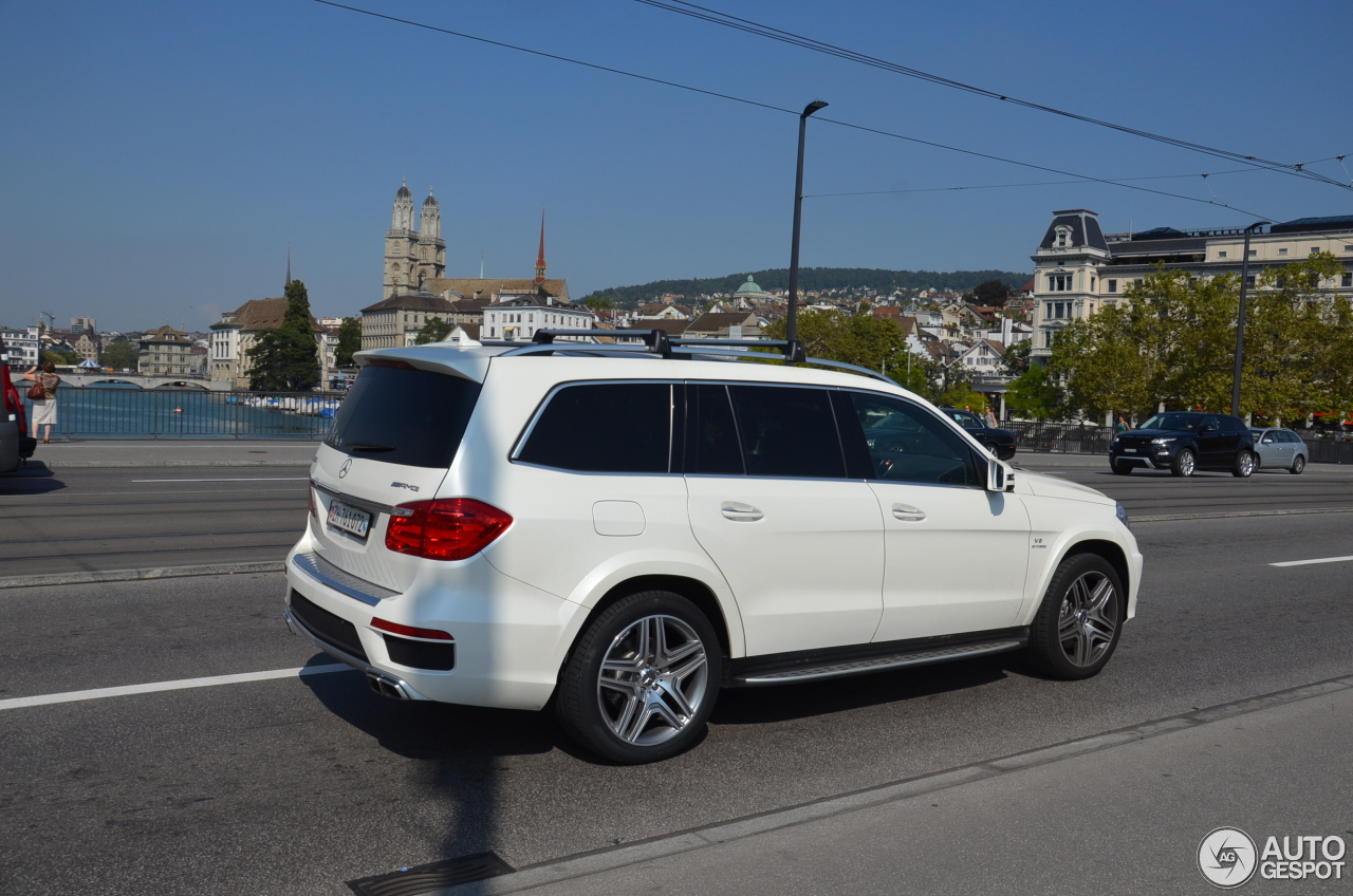 Mercedes benz gl 63 amg x166 4 october 2016 autogespot for Mercedes benz glk amg