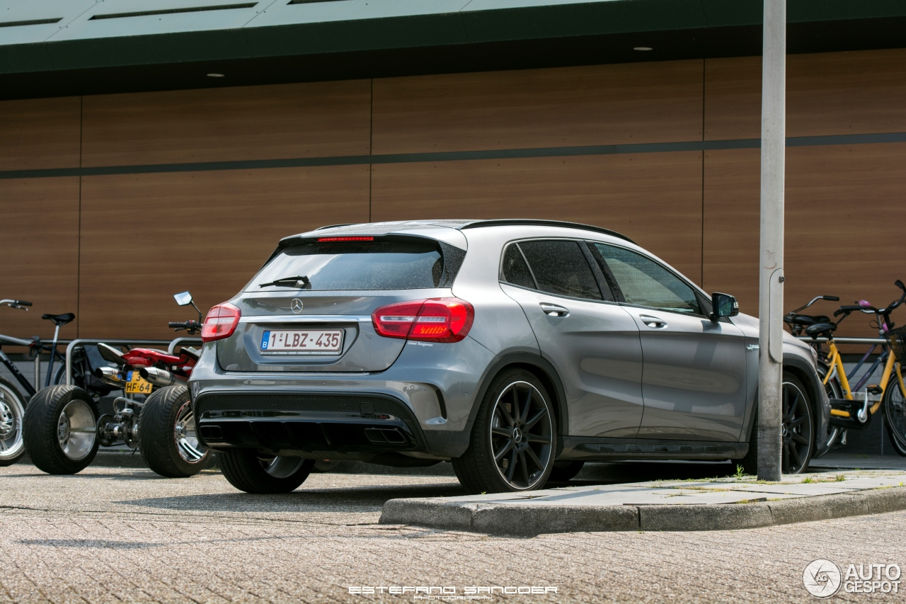 Mercedes benz gla 45 amg x156 6 october 2016 autogespot for Mercedes benz gla 45 amg