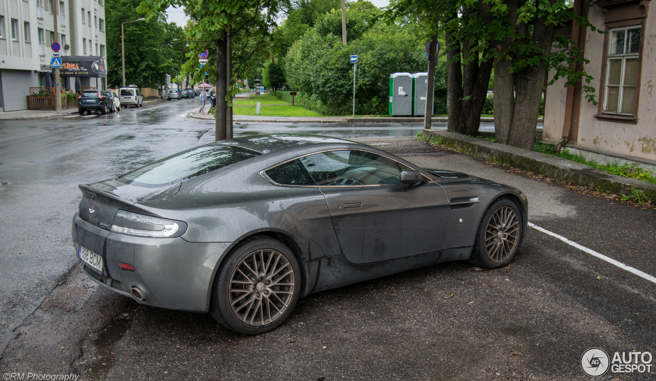 aston martin v8 vantage 7 october 2016 autogespot. Cars Review. Best American Auto & Cars Review