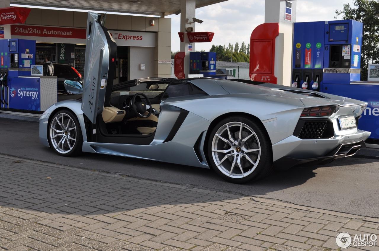 Lamborghini Aventador LP700 4 Roadster 8 October 2016