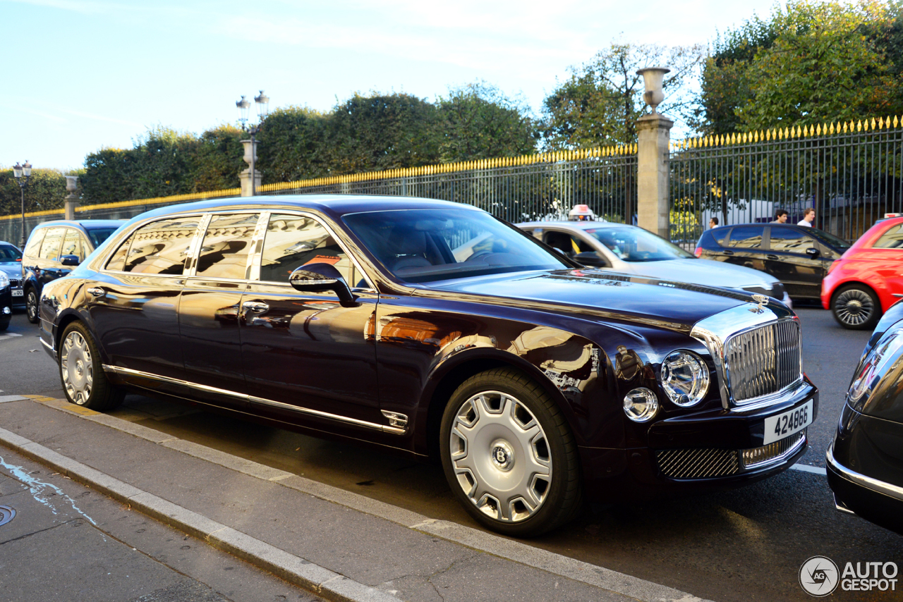 Bentley Mulsanne Grand Limousine 9 October 2016 Autogespot