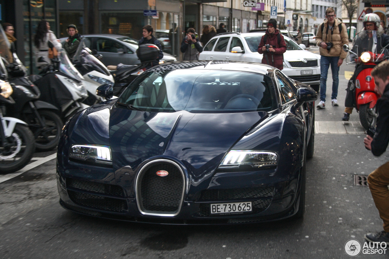 bugatti veyron 16 4 super sport 12 october 2016 autogespot. Black Bedroom Furniture Sets. Home Design Ideas