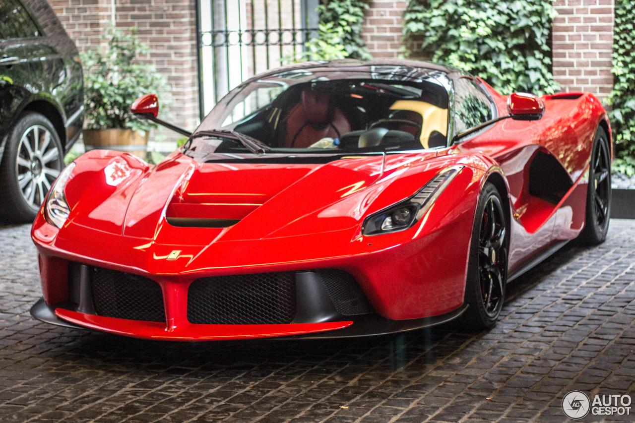 f68353f1729b2 Ferrari LaFerrari - 13 October 2016 - Autogespot