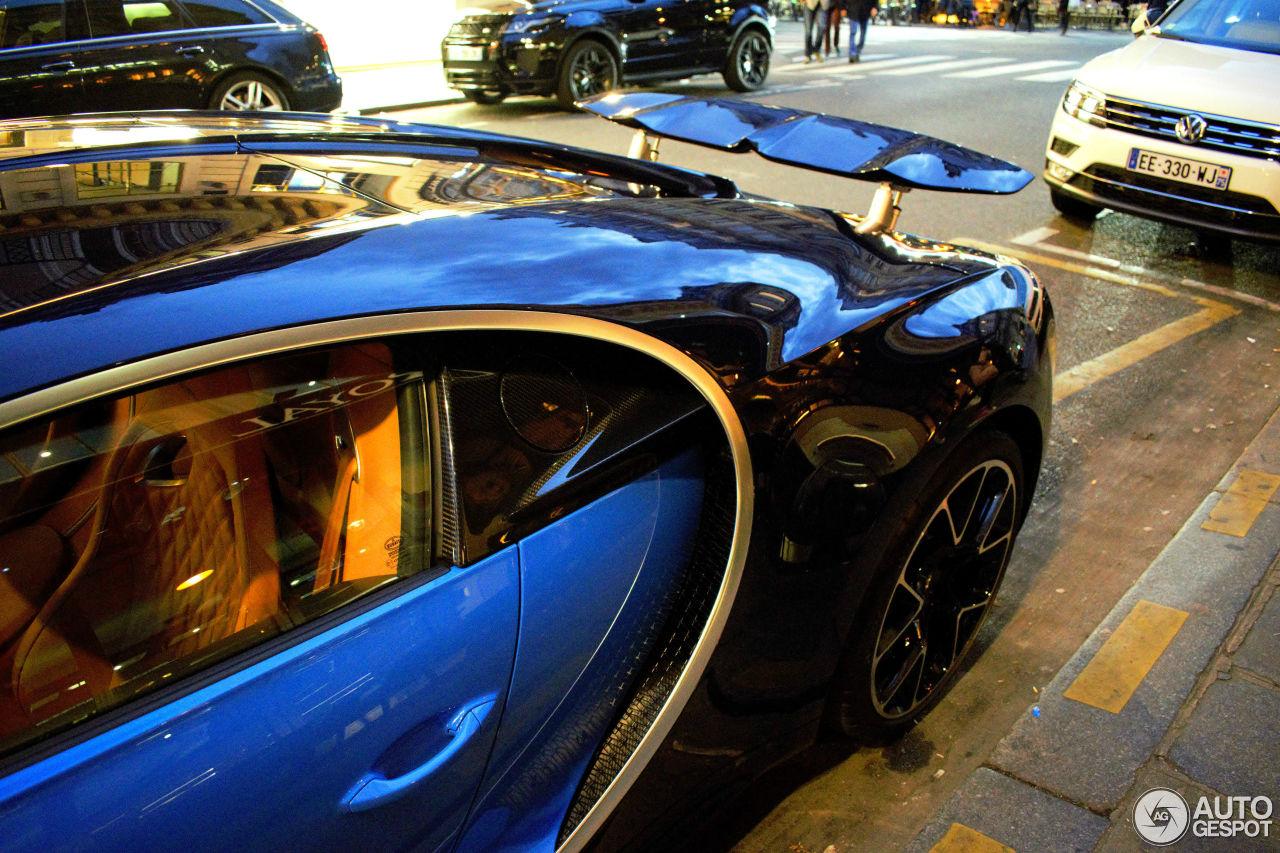 bugatti chiron 15 octobre 2016 autogespot. Black Bedroom Furniture Sets. Home Design Ideas