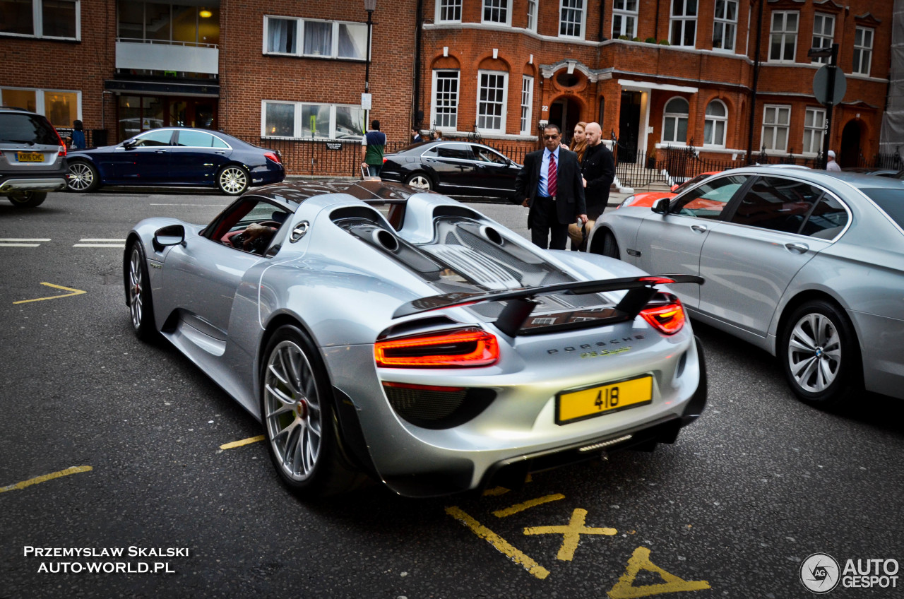 porsche 918 spyder 15 october 2016 autogespot. Black Bedroom Furniture Sets. Home Design Ideas