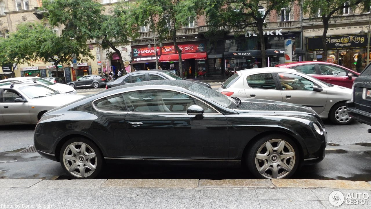 bentley continental gt 19 octobre 2016 autogespot. Black Bedroom Furniture Sets. Home Design Ideas