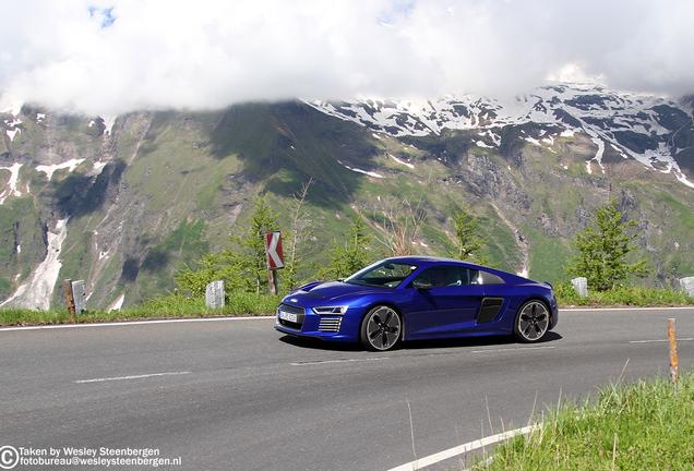 Audi R8 e-tron 2016
