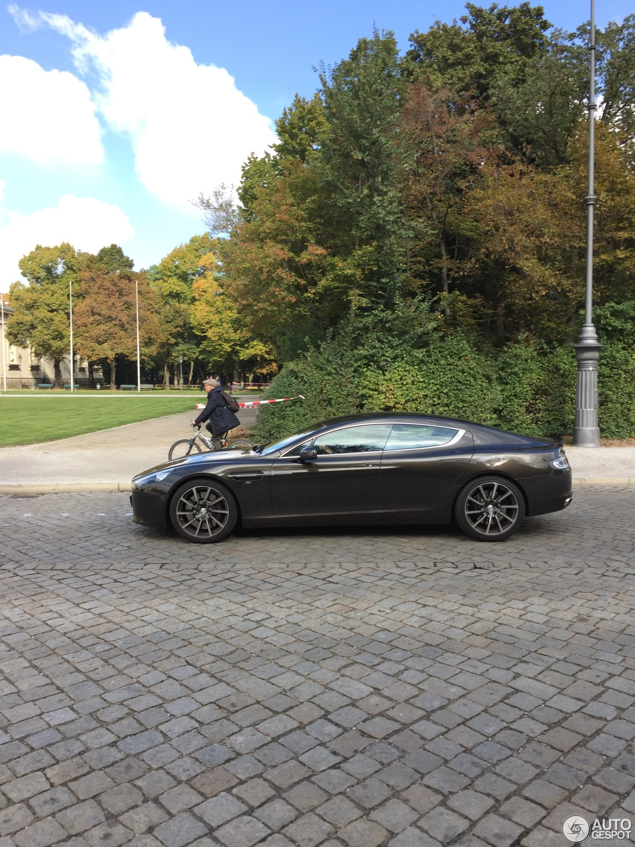 aston martin rapide s 21 october 2016 autogespot. Cars Review. Best American Auto & Cars Review