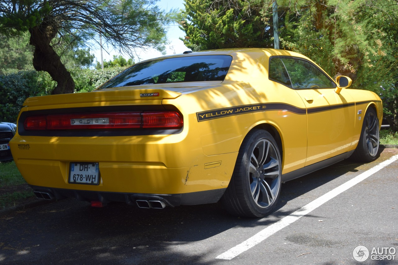 dodge challenger srt8 392 yellow jacket 21 october 2016 autogespot. Black Bedroom Furniture Sets. Home Design Ideas