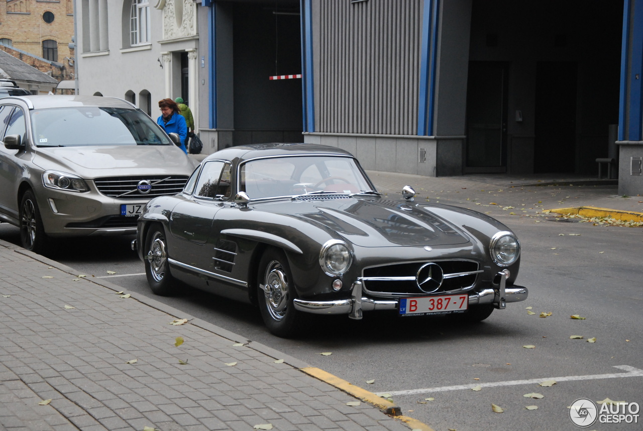 Mercedes Benz 300sl Gullwing 21 October 2016 Autogespot