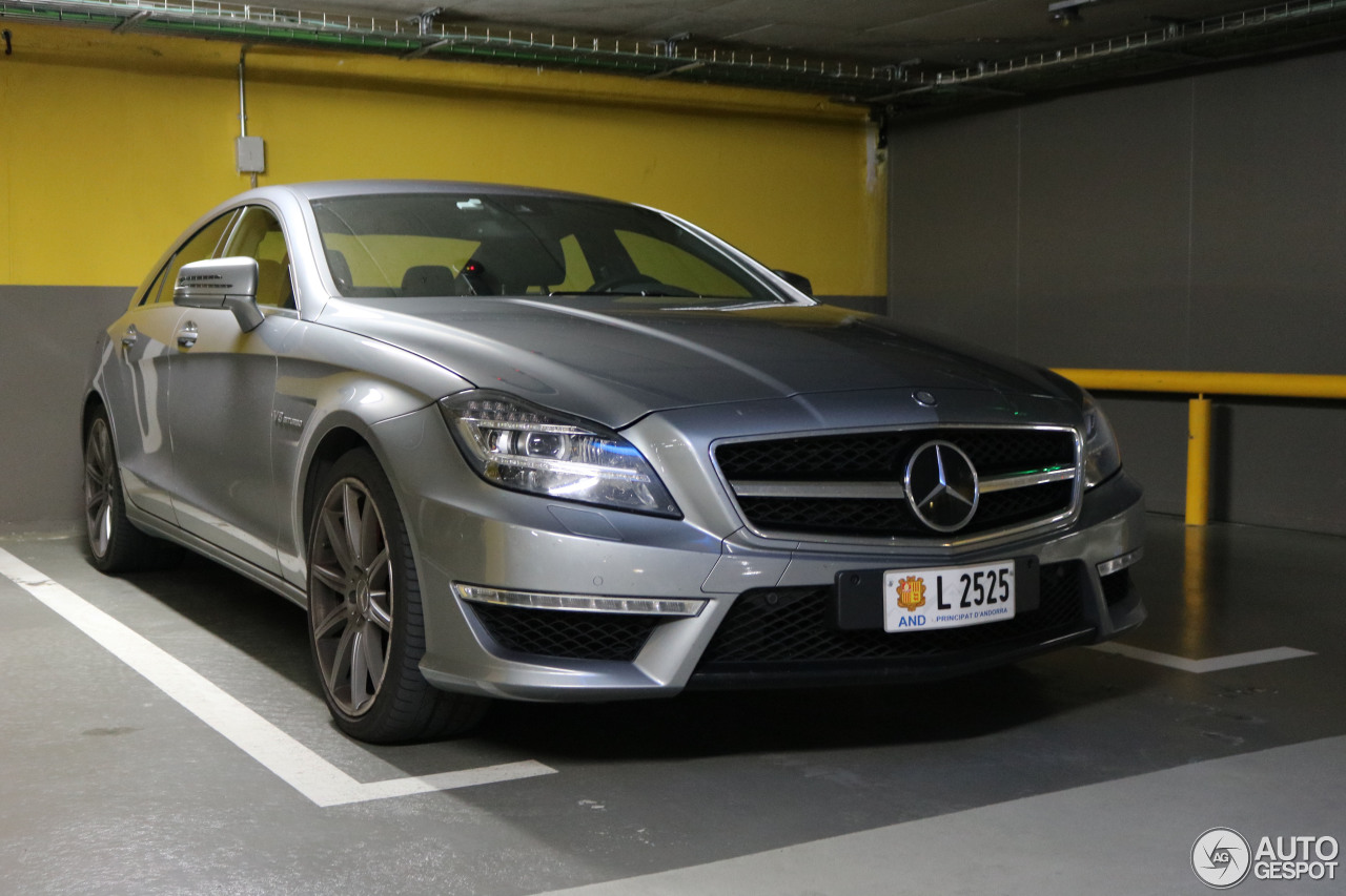 Mercedes benz cls 63 amg c218 21 october 2016 autogespot for Mercedes benz cl 63 amg price