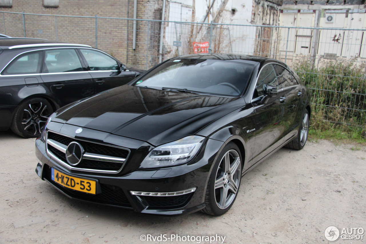 mercedes benz cls 63 amg c218 21 october 2016 autogespot. Black Bedroom Furniture Sets. Home Design Ideas