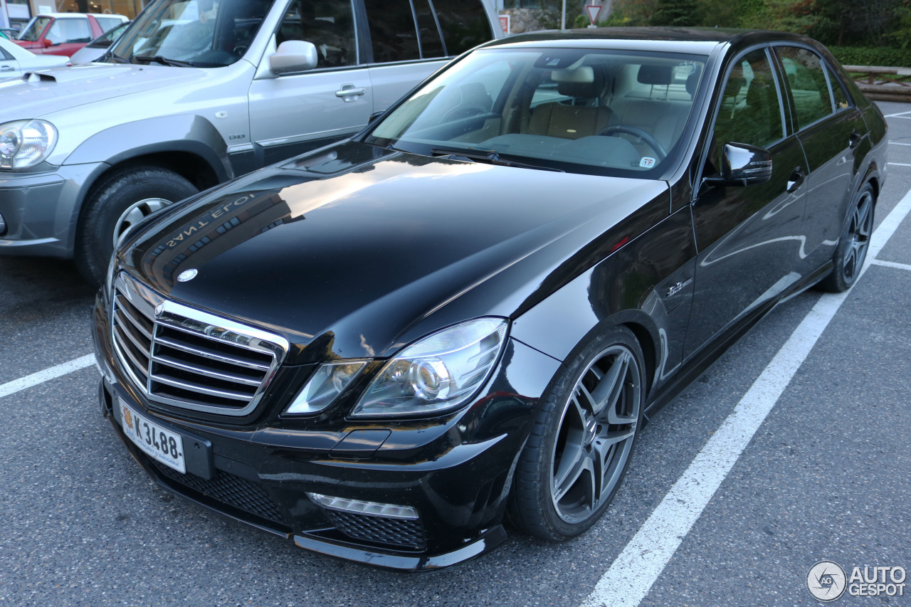 mercedes benz e 63 amg w212 21 october 2016 autogespot. Black Bedroom Furniture Sets. Home Design Ideas