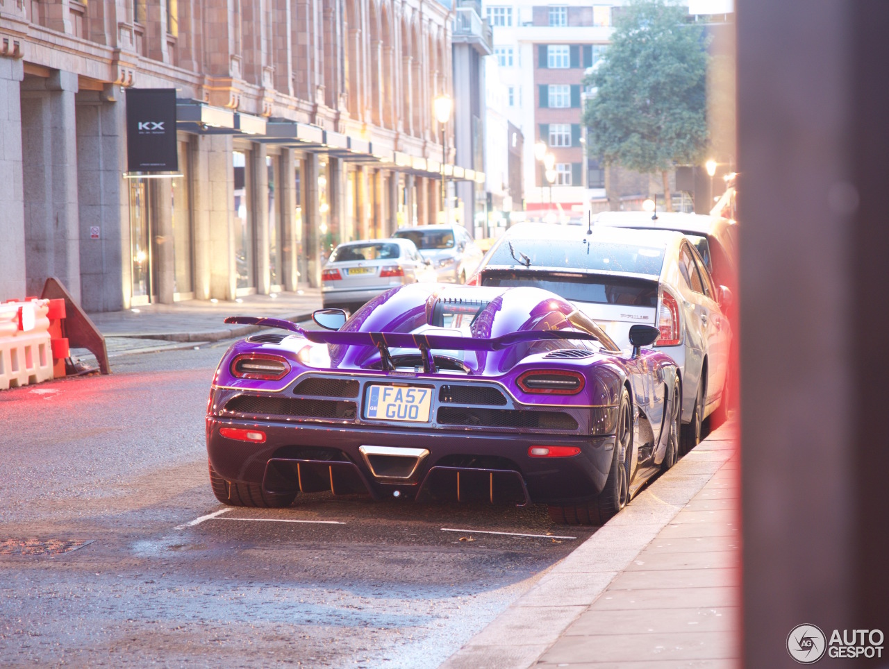 koenigsegg zijin with 22 on 16 likewise Pagani Zonda By Mileson Revealed further Spots furthermore 12 besides 18.