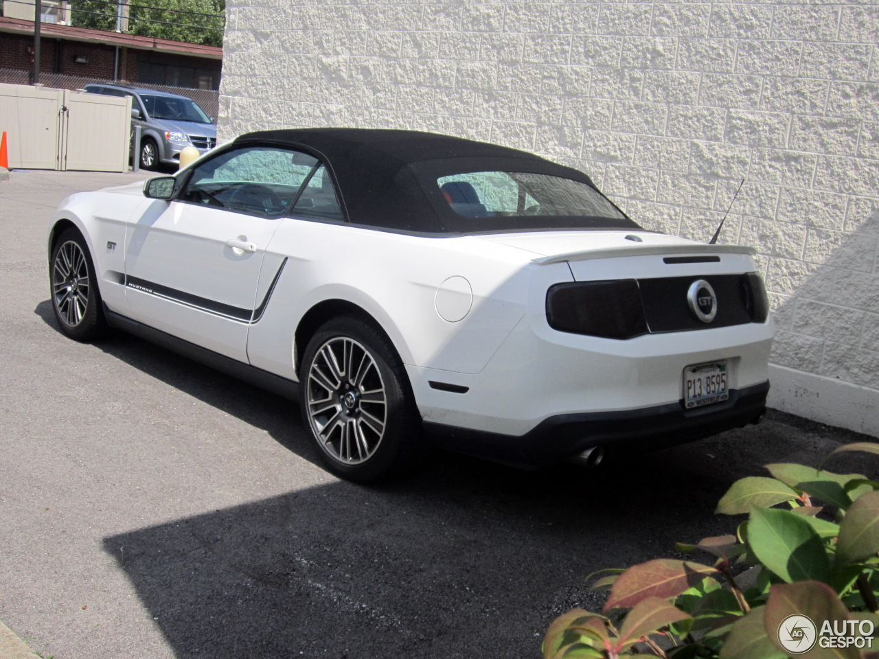 Ford Mustang Gt Convertible 2011 23 October 2016