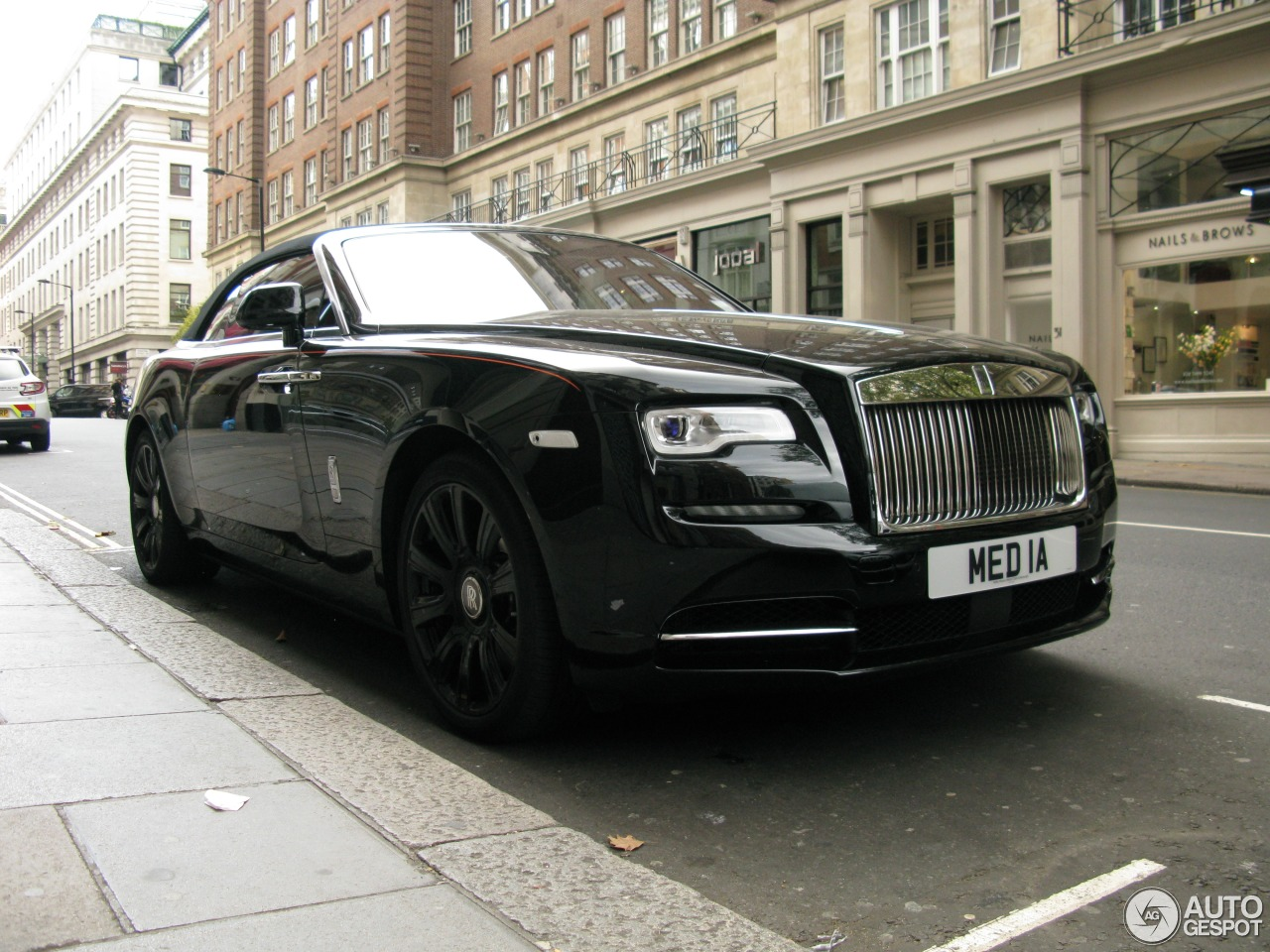 rolls royce dawn 25 octobre 2016 autogespot. Black Bedroom Furniture Sets. Home Design Ideas