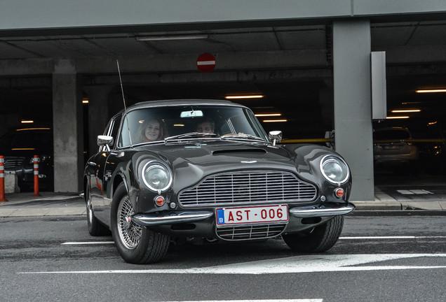 Aston Martin DB6 MKII