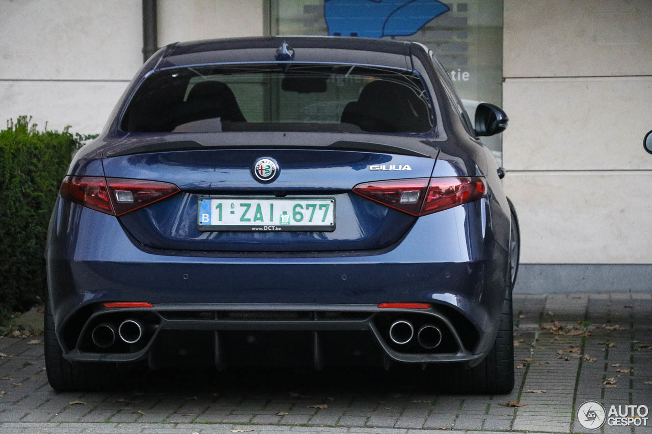 alfa romeo giulia quadrifoglio 29 october 2016 autogespot. Black Bedroom Furniture Sets. Home Design Ideas