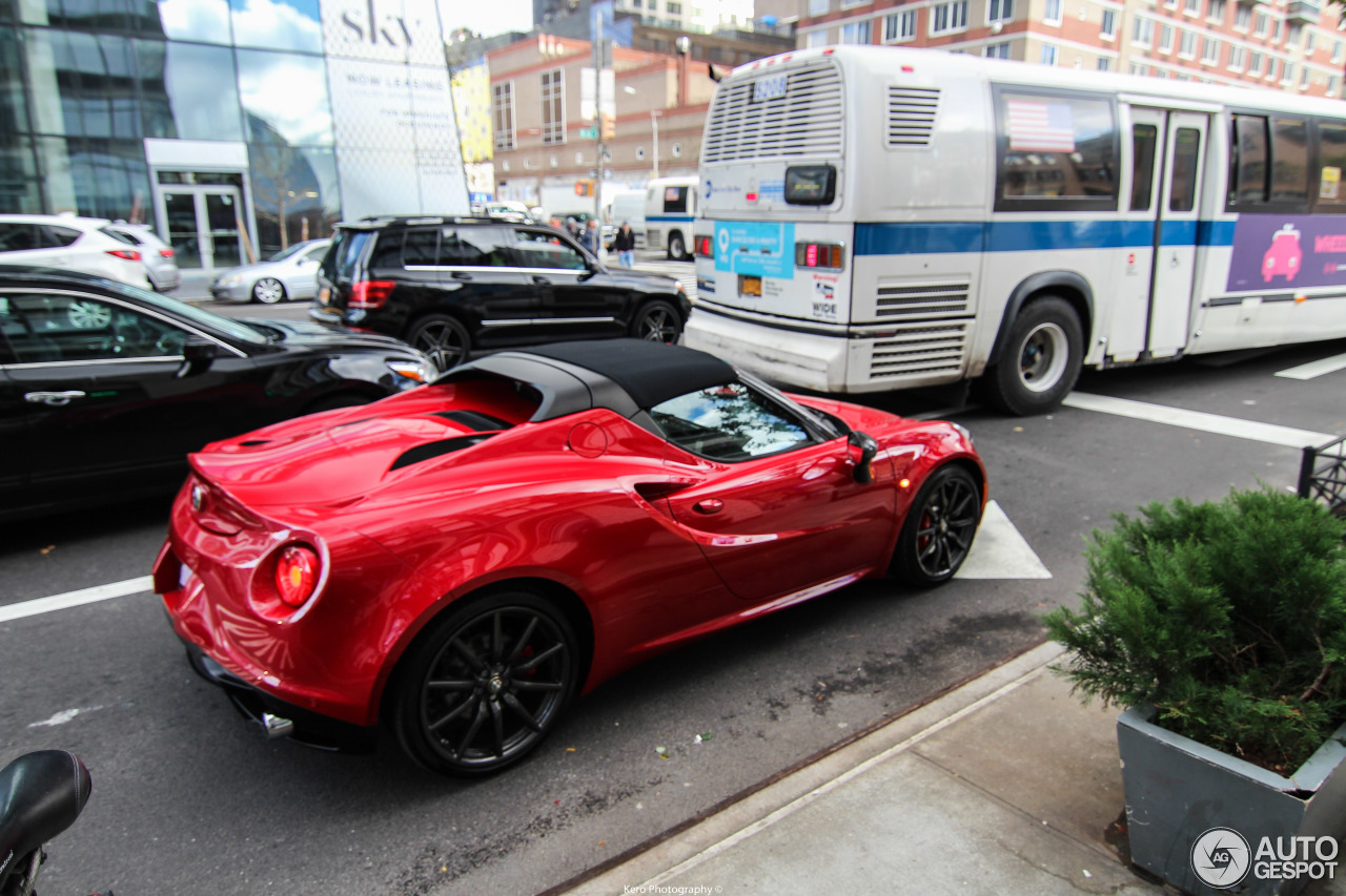 alfa romeo 4c spider 30 october 2016 autogespot. Black Bedroom Furniture Sets. Home Design Ideas