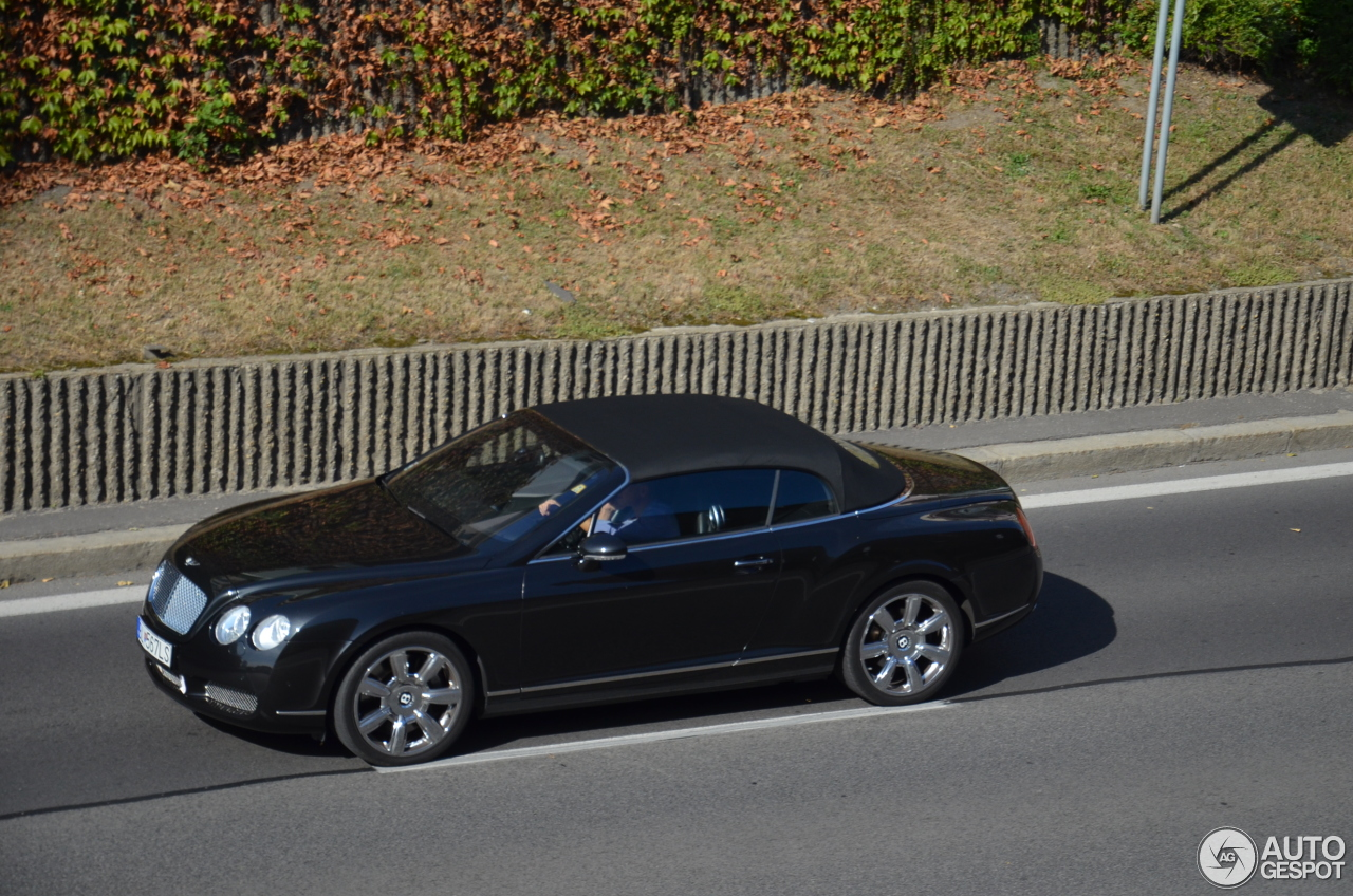 bentley continental gtc 30 october 2016 autogespot. Cars Review. Best American Auto & Cars Review