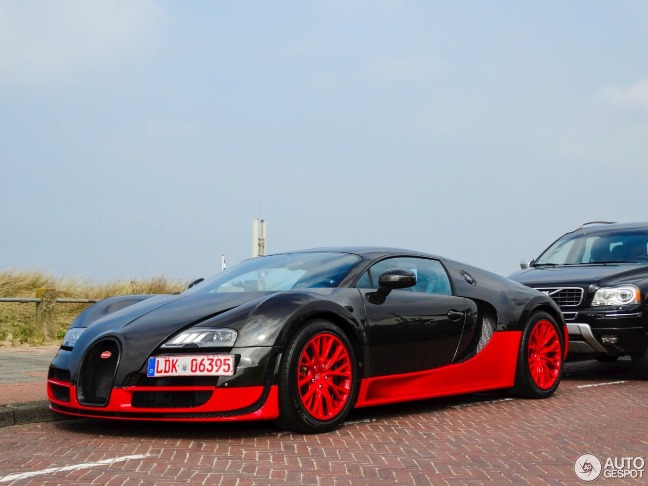 bugatti veyron 16 4 super sport 31 october 2016 autogespot. Cars Review. Best American Auto & Cars Review