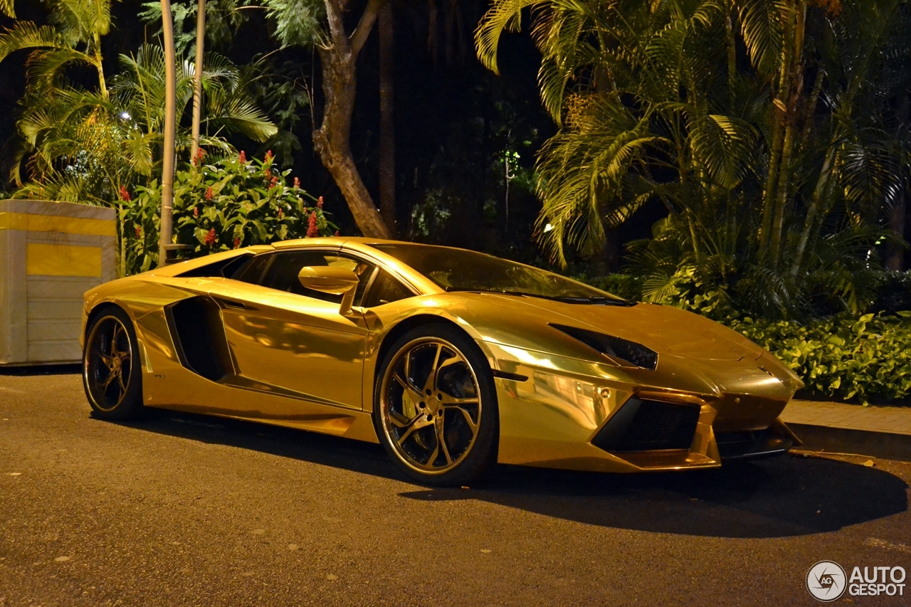Lamborghini Aventador Lp Roadster C on Gold And Black Lamborghini Aventador