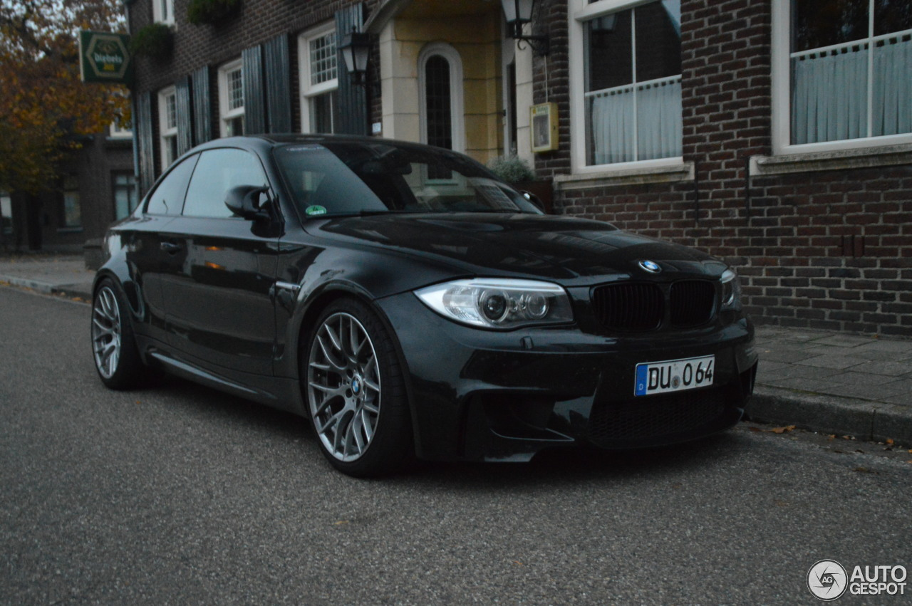 bmw 1 series m coup 1 november 2016 autogespot. Black Bedroom Furniture Sets. Home Design Ideas