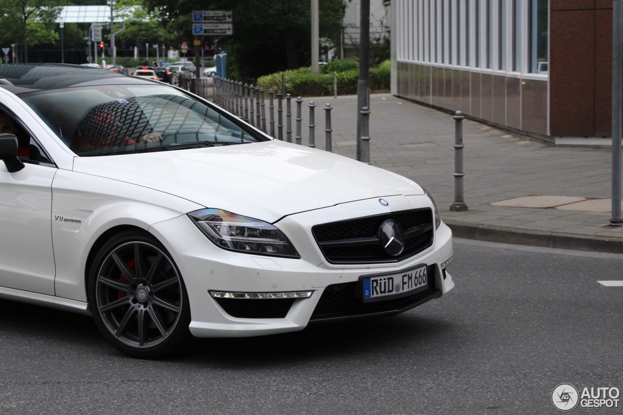 Mercedes benz cls 63 amg c218 1 november 2016 autogespot for Mercedes benz cls 63 amg price