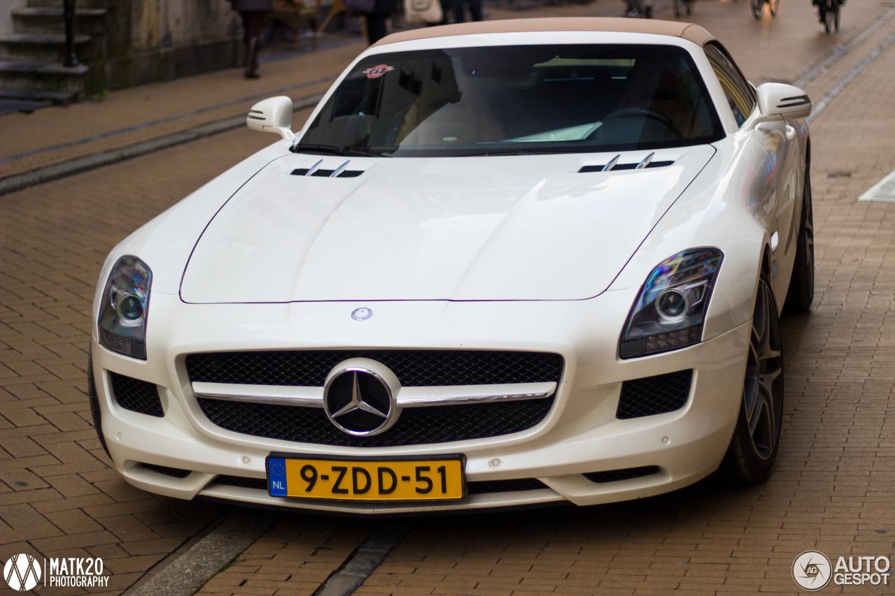 Mercedes benz sls amg roadster 4 november 2016 autogespot for Mercedes benz slr amg price