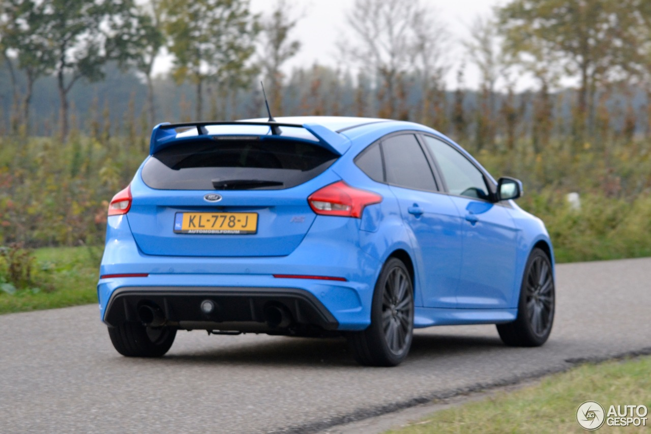 ford focus rs 2015 6 november 2016 autogespot. Black Bedroom Furniture Sets. Home Design Ideas