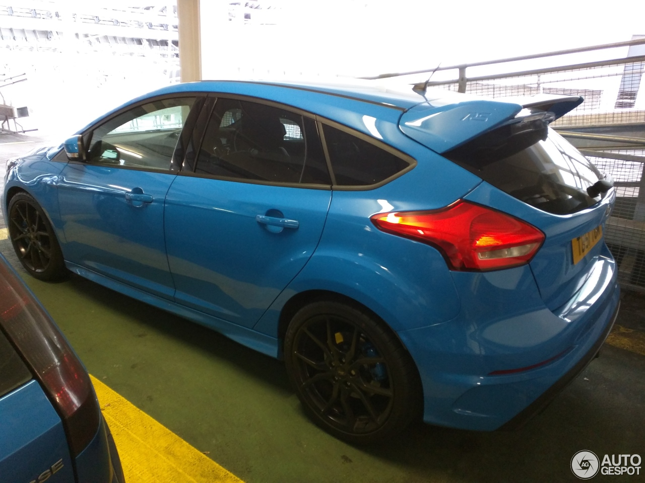 ford focus rs 2015 7 november 2016 autogespot. Black Bedroom Furniture Sets. Home Design Ideas