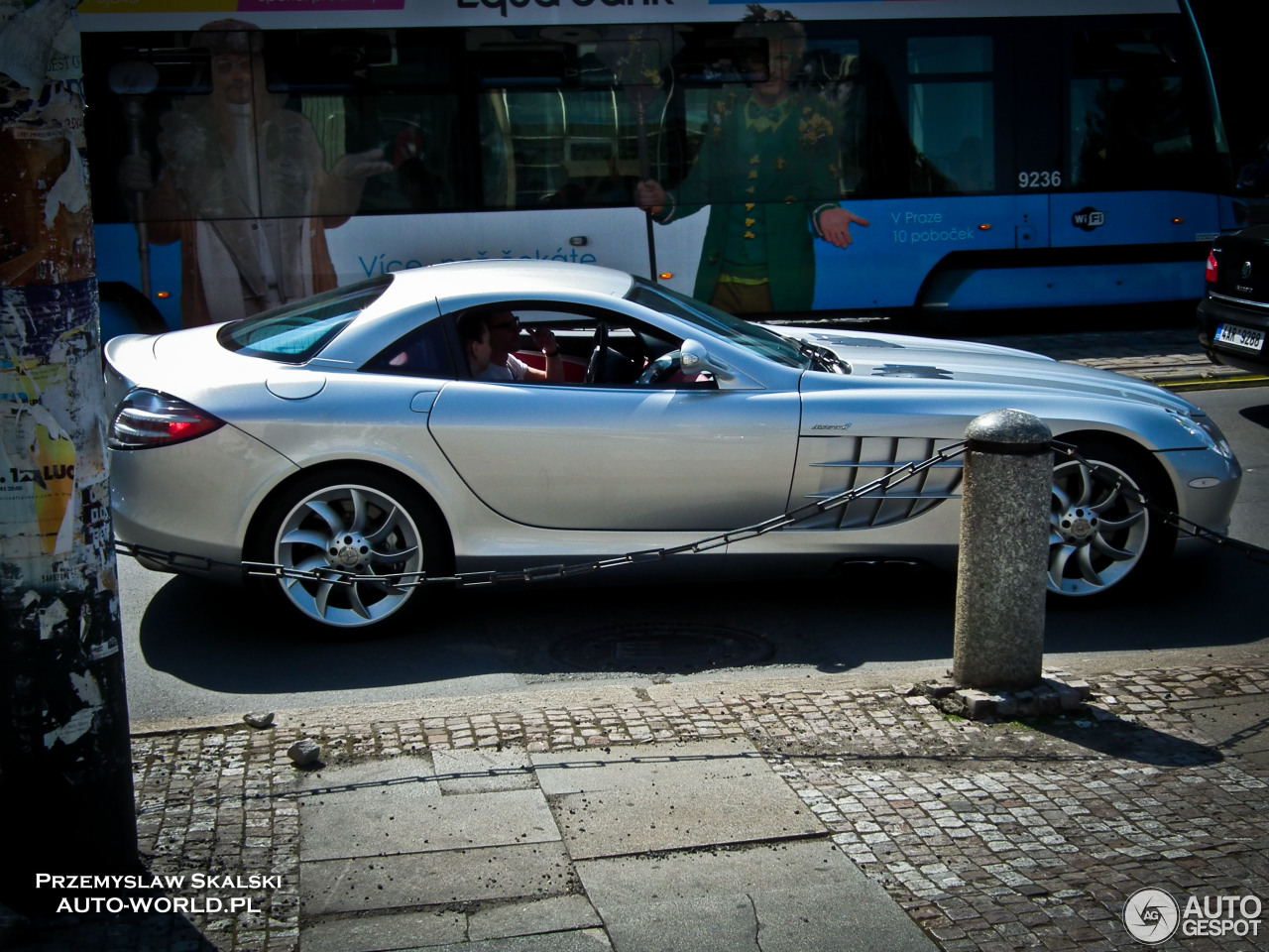 Mercedes benz slr mclaren 7 november 2016 autogespot for Mercedes benz slr mclaren price