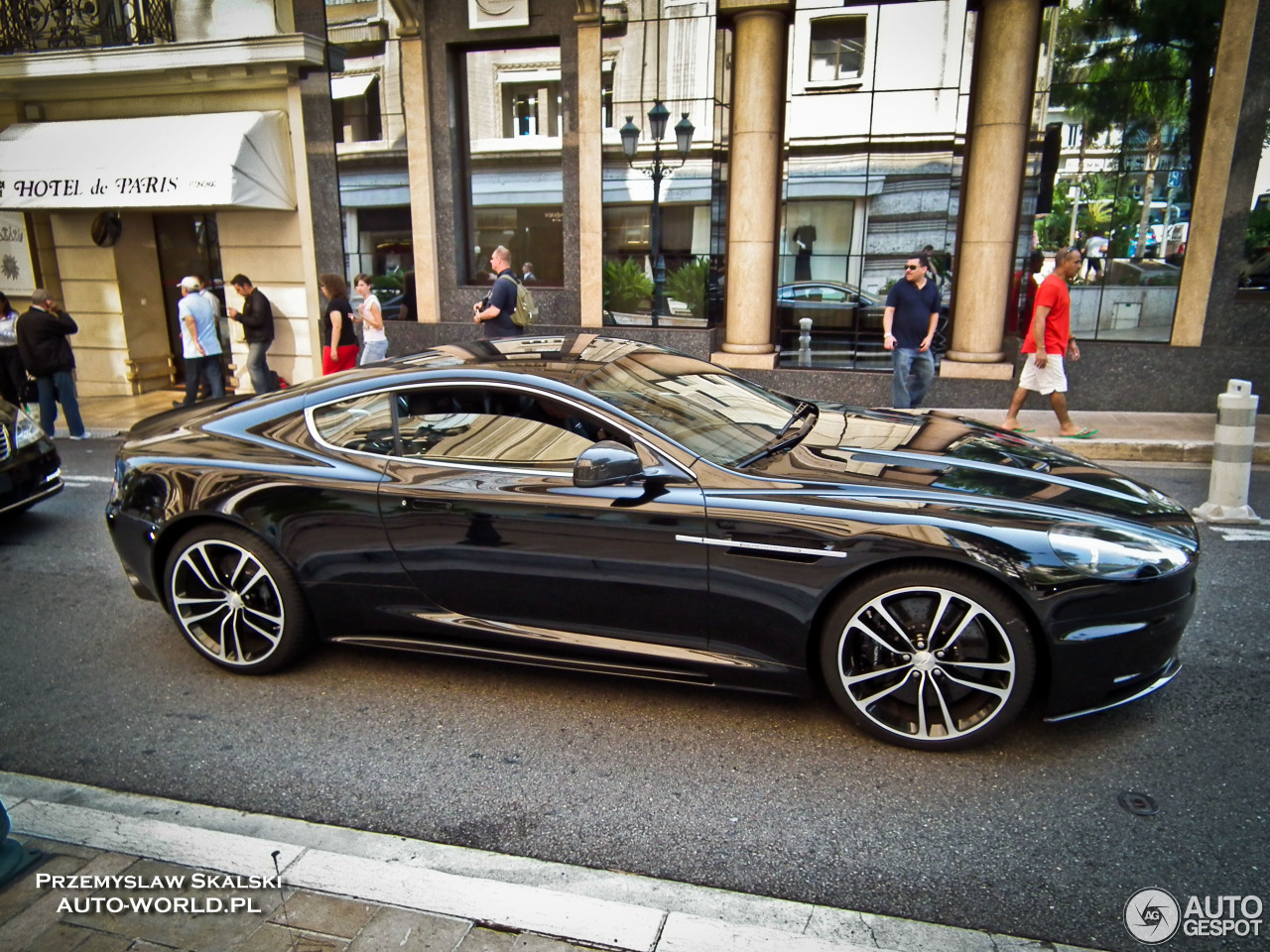 aston martin dbs 11 novembre 2016 autogespot. Black Bedroom Furniture Sets. Home Design Ideas