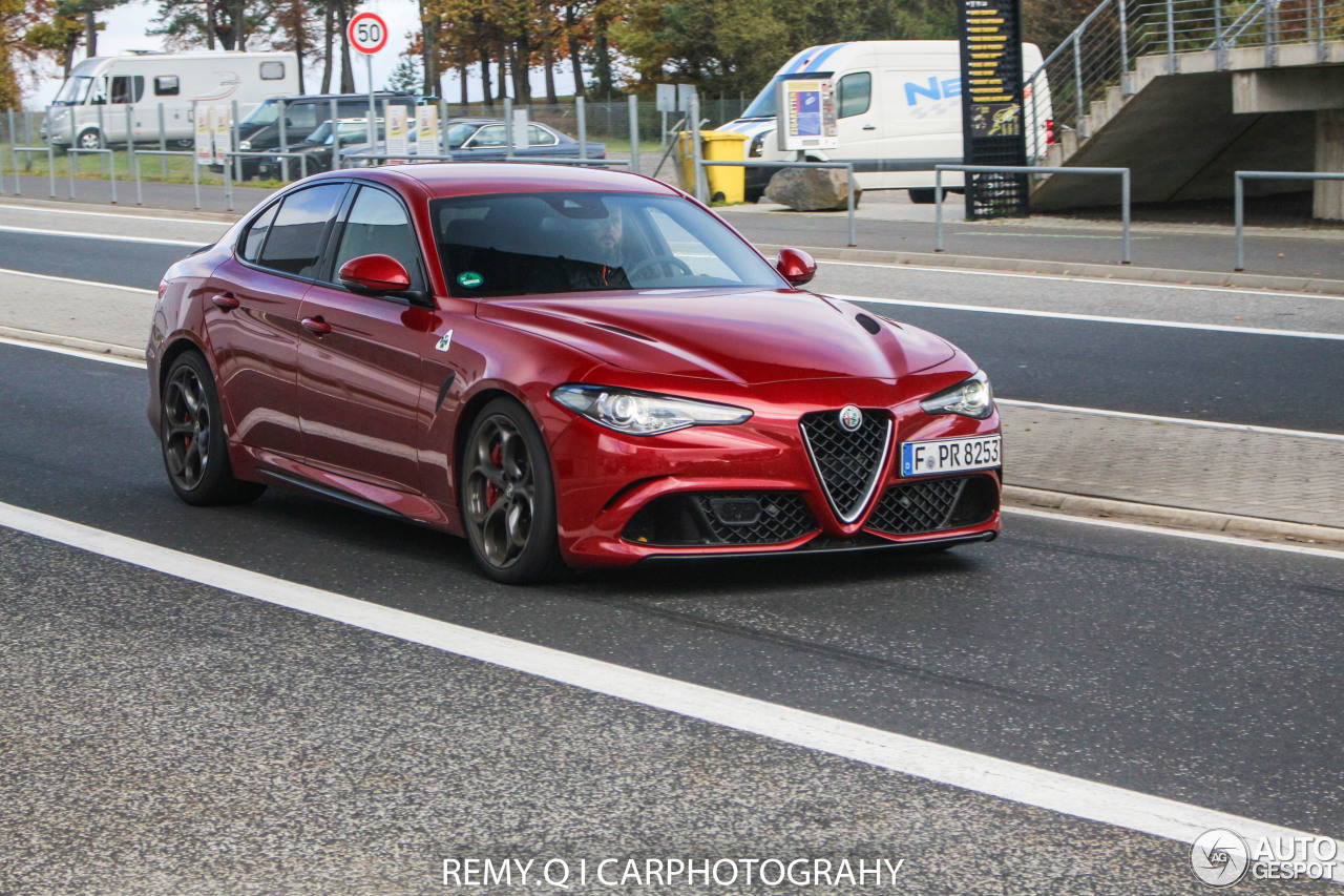 alfa romeo giulia quadrifoglio 12 november 2016 autogespot. Black Bedroom Furniture Sets. Home Design Ideas