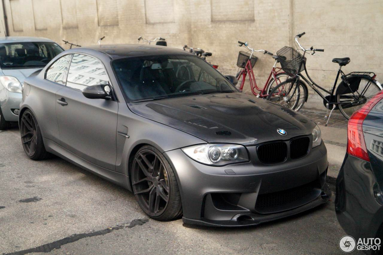 bmw 1m coupe by carbon dynamics 17 november 2016 autogespot. Black Bedroom Furniture Sets. Home Design Ideas