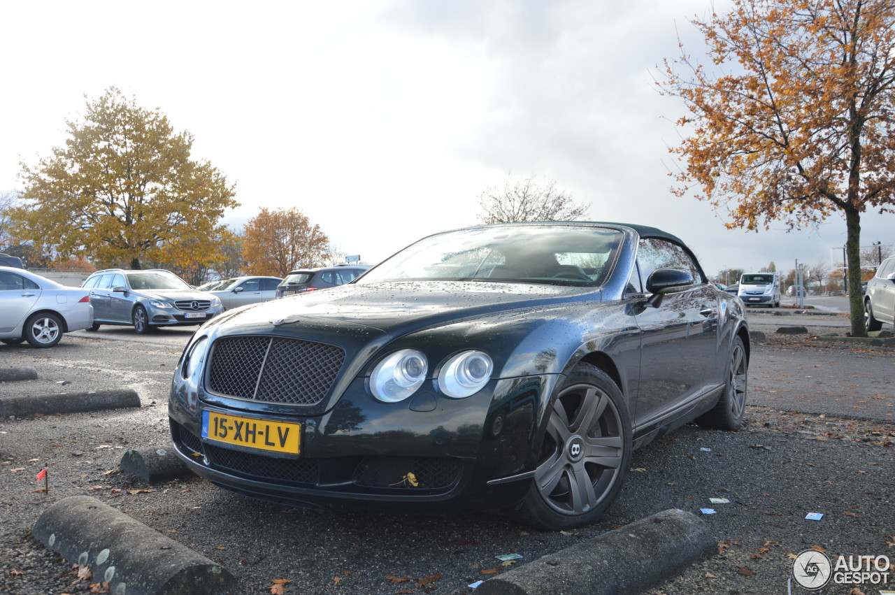 bentley continental gtc 18 november 2016 autogespot. Cars Review. Best American Auto & Cars Review