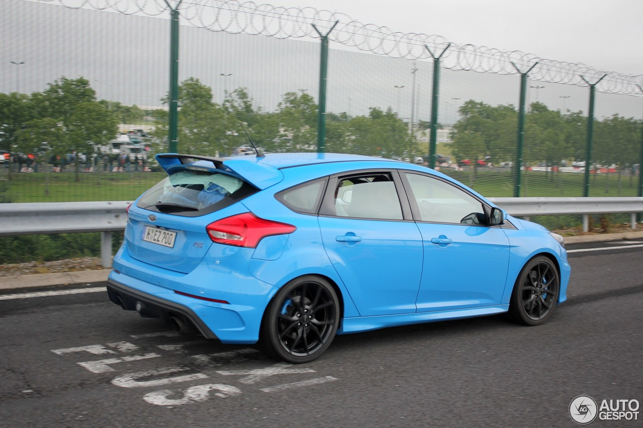 ford focus rs 2015 20 november 2016 autogespot. Black Bedroom Furniture Sets. Home Design Ideas