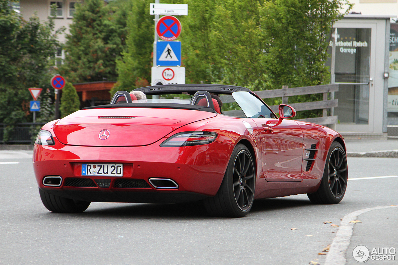 Mercedes benz sls amg gt roadster 20 november 2016 for Mercedes benz sls amg convertible for sale