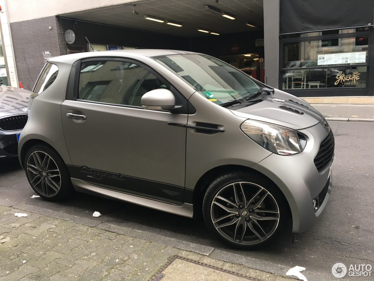 aston martin cygnet 22 november 2016 autogespot. Black Bedroom Furniture Sets. Home Design Ideas