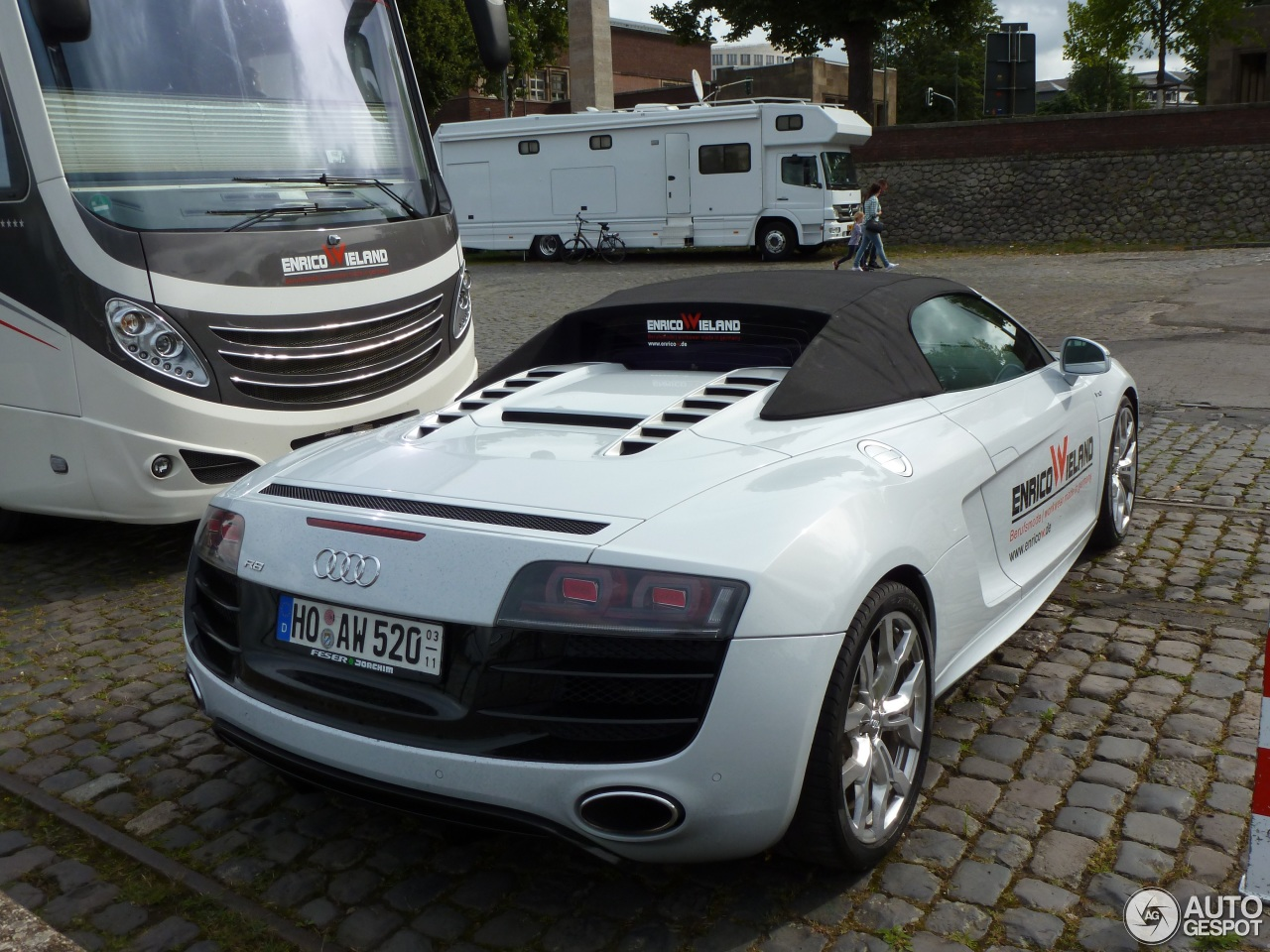 audi r8 v10 spyder 22 novembre 2016 autogespot. Black Bedroom Furniture Sets. Home Design Ideas