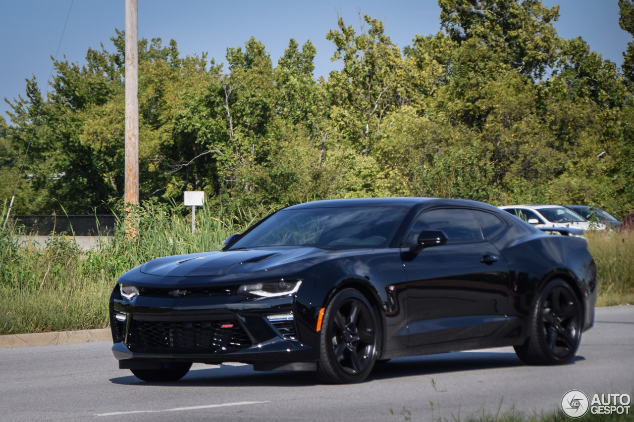 chevrolet camaro ss 2016 25 november 2016 autogespot. Black Bedroom Furniture Sets. Home Design Ideas