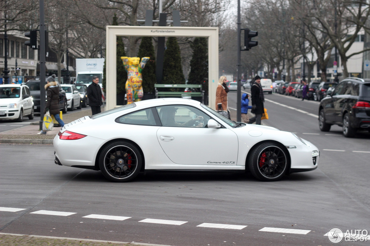 porsche 997 carrera 4 gts 2 january 2016 autogespot. Black Bedroom Furniture Sets. Home Design Ideas