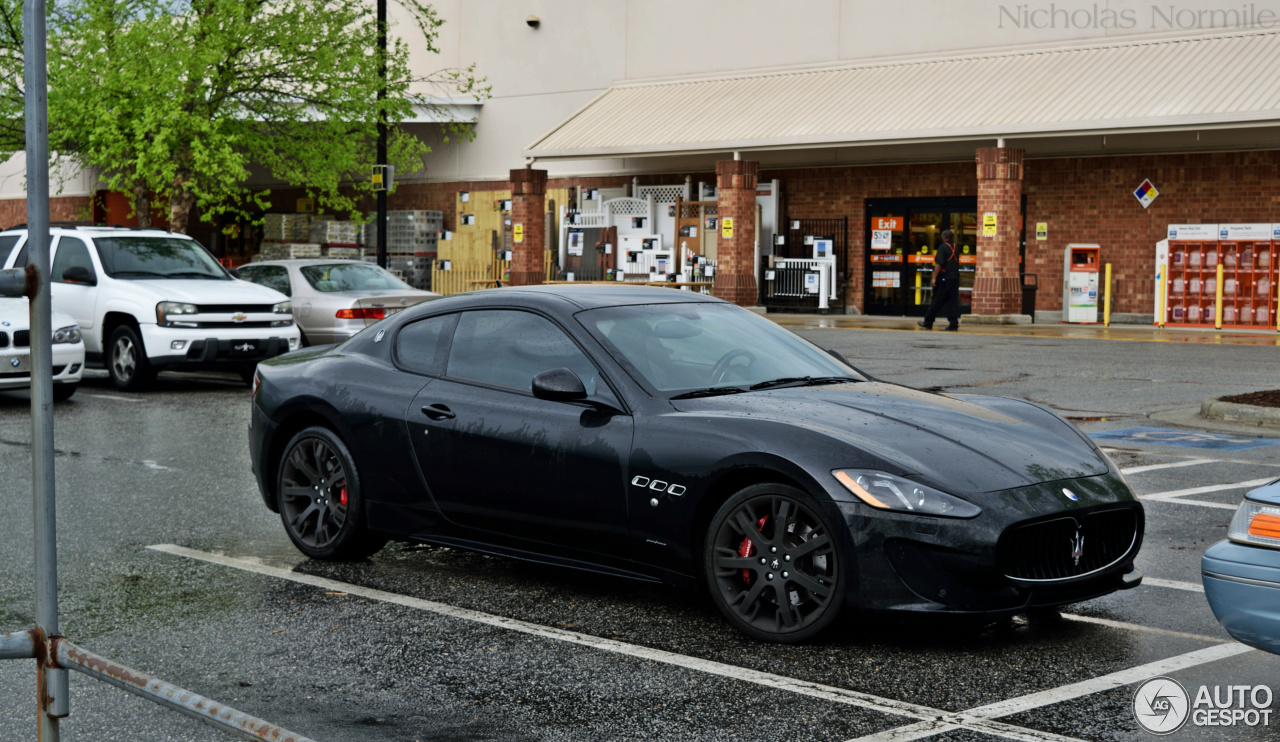 maserati granturismo sport 4 januar 2016 autogespot. Black Bedroom Furniture Sets. Home Design Ideas