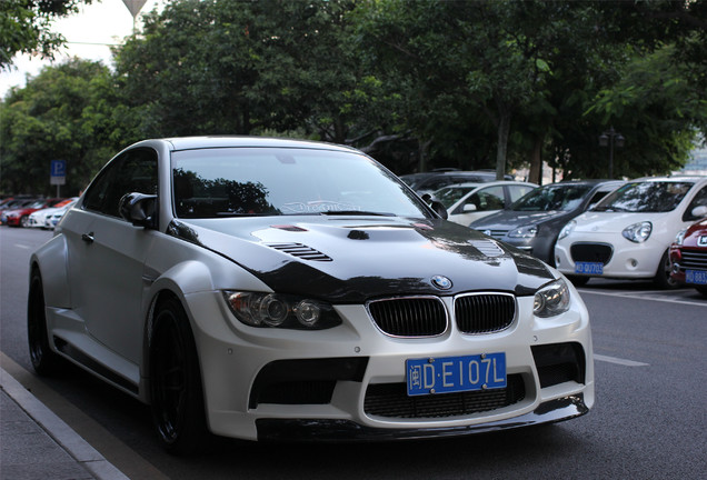 BMW M3 E92 Coupé Vorsteiner GTRS3 Widebody