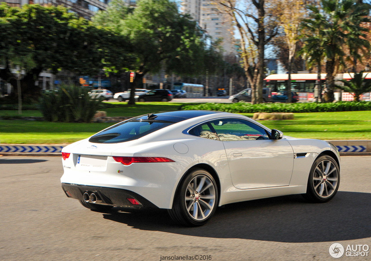 jaguar f type s coup 16 january 2016 autogespot. Black Bedroom Furniture Sets. Home Design Ideas