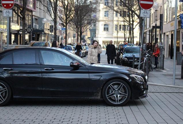 Mercedes-AMG C 63 W205 Edition 1
