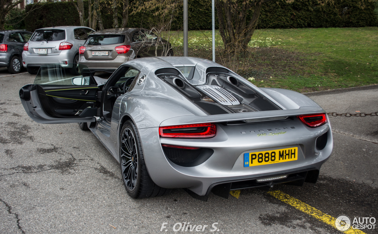 porsche 918 spyder 6 march 2016 autogespot. Black Bedroom Furniture Sets. Home Design Ideas
