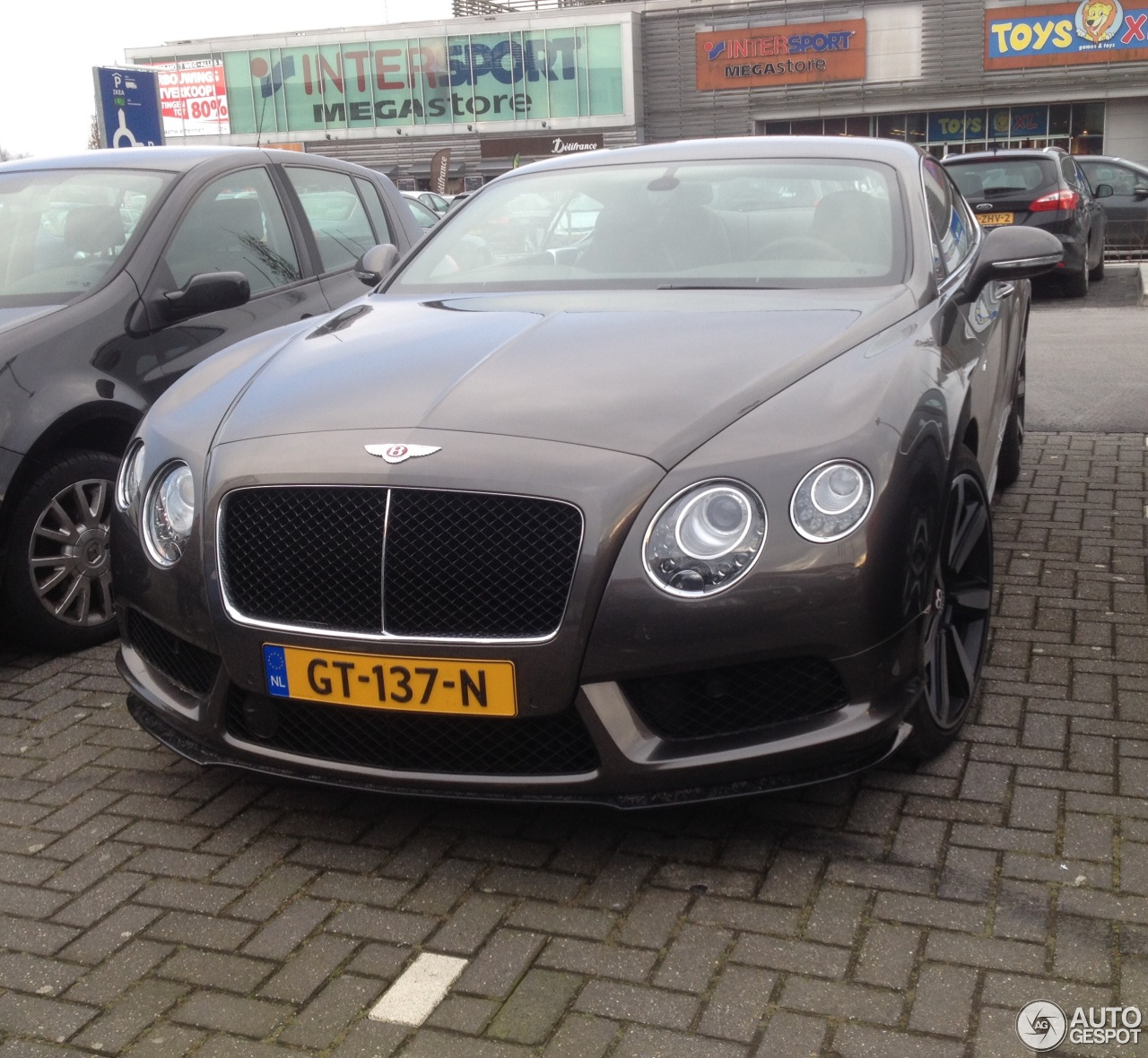 Bentley Continental Flying Spur Series 51: Bentley Continental GT V8 S