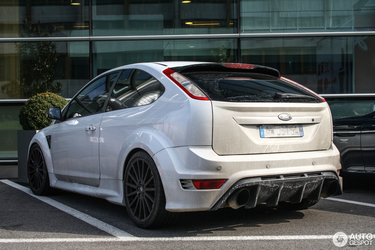 ford focus rs 2009 white edition 21 march 2016 autogespot. Black Bedroom Furniture Sets. Home Design Ideas